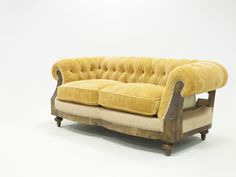 Chester, Luxury Loft, Jute Fabric, Types Of Sofas, Country Kitchen Designs, Upholstery Nails, Higher Design, Upholstered Sofa, Online Furniture