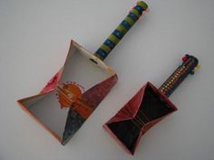 Making HOmemade Musical Instruments - Tin Can Music Makers. A fun and simple activity to do with the kids to pormote fun, learning and creative play Fun Crafts To Do, Crafts For Kids, Arts And Crafts, Diy Crafts, 4 Kids, Art For Kids, Homemade Musical Instruments, Recycled Art Projects, Crafty Projects