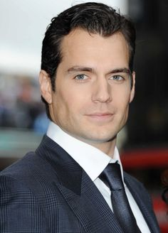 Henry Cavill - 'Man of Steel' Premieres in London - aww, he's even sporting a mild superman curl.  ~;-)