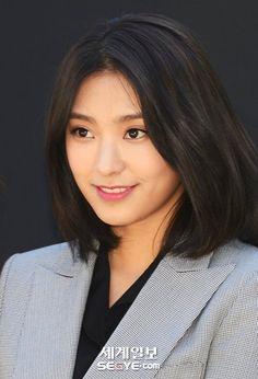 Yoon Bora (Sistar) - Soyul (Crayon Pop) & Moon Hee Jun...