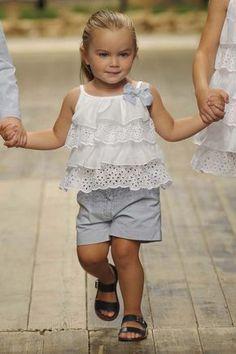 il gufo Toddler Dress, Baby Dress, Toddler Girl, Baby Girl Pants, Little Girl Dresses, Cheap Kids Clothes, Kids Clothing, Infant Clothing, Frocks For Girls
