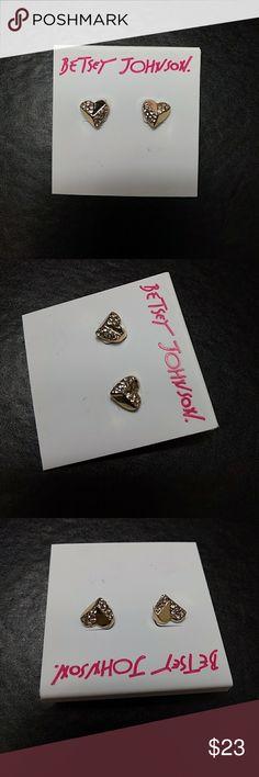 Betsey Johnson earrings Pretty gold tone heart shaped earrings with rhinestones. Betsey Johnson Jewelry Earrings