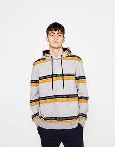 1103 meilleures images du tableau SWEATS PULLS en 2019   Man fashion ... c02ab7e02aaa