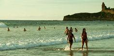 Surf y buceo son algunas de las actividades que puedes practicar, mientras disfrutas de la exótica flora y fauna que rodean las playas que hemos seleccionado con las mejores de este país ecuatoriano. ¿Quieres saber cuáles son? Averígualo en el siguiente ranking de Rutas 365: http://www.rutas365.com/las-10-mejores-playas-de-ecuador/