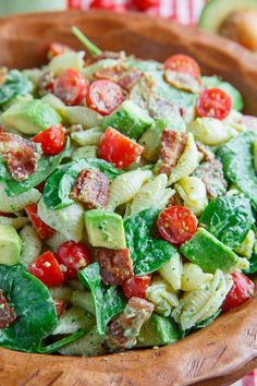 A BLT inspired pasta salad with bacon, baby spinach, tomato and diced avocado in a creamy avocado dressing (aka a Buttermilk Gucamole Dressing)!!