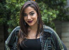 Prepara! A cantora Anitta está fazendo o maior sucesso fora do Brasil. O hit Show das Poderosas, agora caiu nas graças dos espanhóis. Saiba os planos da gravadora.