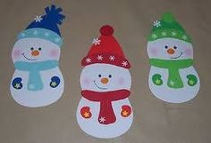 3 cute snowmen Window picture made of cardboard Christmas Advent Wreath, Christmas Paper Crafts, Kids Christmas, Christmas Cards, Christmas Decorations, Butterfly Painting, Cute Snowman, Diy And Crafts, Window Picture