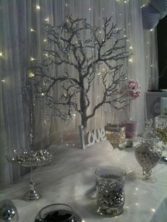 My winter fairytale inspired candy buffet at the Malta wedding fair