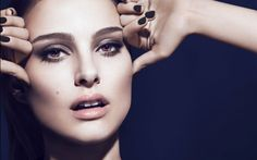 Dior Makeup. The New Look eyes. Starring Natalie Portman. Discover more on www.dior-backstage-makeup.com