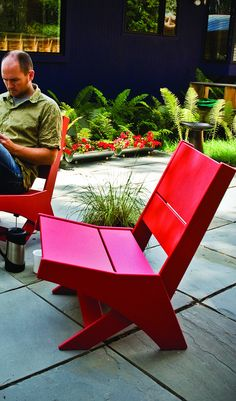 Stylish Seating for Canada Day