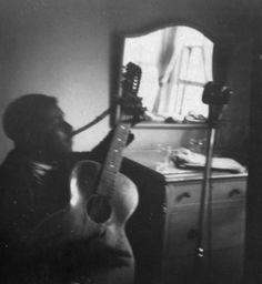 "Blind Willie McTell (originator of ""Statesboro Blues"") recording for archivist John Lomax in an Atlanta hotel room, November 1940 Jazz Blues, Blues Music, 12 String Guitar, Atlanta Hotels, Robert Johnson, Library Of Congress, The Book, Blinds, The Past"