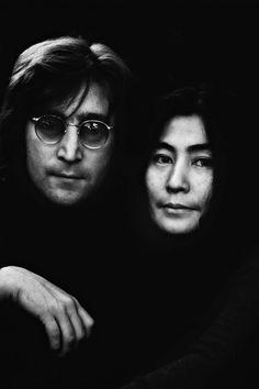 John Lennon & Yoko Ono photographed by Brian Hamill.