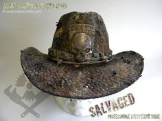 Post Apocalyptic Costume - Wasteland Ranger's hat. SALVAGED Ware enquiries always welcome @ www.markcordory.com Gothic Steampunk, Steampunk Clothing, Steampunk Fashion, Victorian Gothic, Post Apocalyptic Costume, Apocalyptic Fashion, Gothic Girls, Gothic Lolita, Emo Fashion
