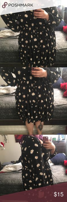 Sunflower dress Sunflower dress from Torrid size 4 I️ wore a few times. It has slight fading as expected on a black dress. Priced according torrid Dresses Midi