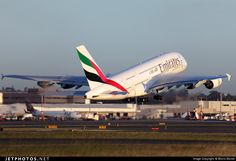 High quality photo of A6-EEV (CN: 150) Emirates Airbus A380-861 by Morris Biondi