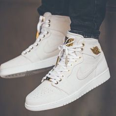promo code 9844f 70442 The Air Jordan 1 Pinnacle release date has been moved forward to release  along side the Air Jordan 1 Retro High OG Chicago. This Air Jordan 1  Pinnacle