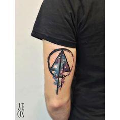 """#Repost @yelizozcan_tattooart ・・・ // triangle-Nebula #designbyyeliz #yelizozcan…"