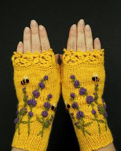 Yellow Fingerless Gloves, Gloves With Lavender And Bees, Embroidery Lavender, Winter Gloves With Lav Crochet Gloves Pattern, Crochet Mittens, Christmas Gifts For Girlfriend, Fingerless Gloves Knitted, Yarn Projects, Knitting Accessories, Hand Warmers, Hand Knitting, Knitting Ideas