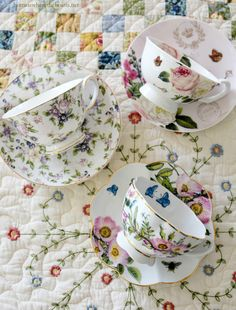 Tea cups and giveaway | homeiswheretheboatis.net #party