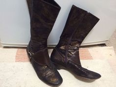 Funky Italian-made leather gold sparkle ladies boots Size 38