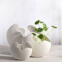 2016Flower pots planters metal pot european style white egg shape ceramic planter desktop organization home wedding decoration