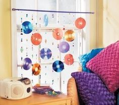 This is a guide about making a CD curtain.  CDs lend themselves to a myriad of recycle craft projects.
