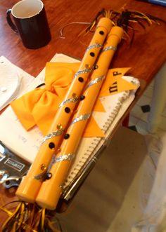 Spirit Sticks Football Cheer, Cheer Camp, Cheer Coaches, Vbs Crafts, Camping Crafts, Cheer Spirit Sticks, Cheer Quotes, Cheerleading Uniforms, Employee Gifts