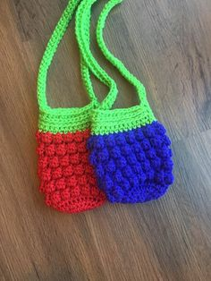 Crochet Fall, Crochet Round, Cute Crochet, Purse Patterns, Crochet Patterns, Crochet Ideas, Crochet Strawberry, Crochet Sunflower, Crochet Toddler