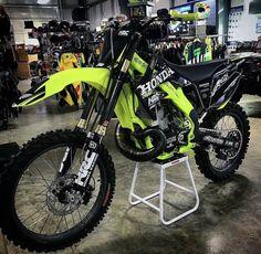Mx Bikes, Sport Bikes, Ktm Dirt Bikes, Motocross Bikes, Moto Bike, Motorcycle Bike, Motorcycle Outfit, Freestyle Motocross, Quad Bike