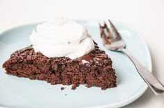 Chocolate Olive Oil Cake Recipe topped with Coconut Whipped Cream | VeganFamilyRecipes.com | #dessert #vegan #clean eating #healthy