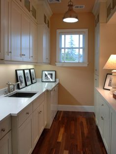 Dream Home Laundry Room:  This laundry room may make me want to actually do some laundry?