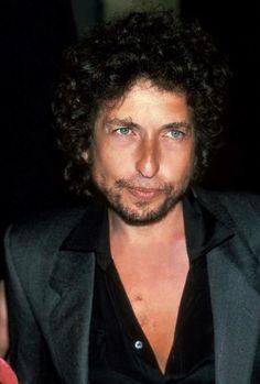 Bob Dylan - 1983 https://dai.ly/x4l92jv