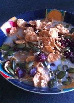 Breakfast: gluten free cereal flakes with pumpkin, sunflower seeds, cranberries and walnuts and rice milk.  All good mood food by providing the nutrients to make serotonin and GABA