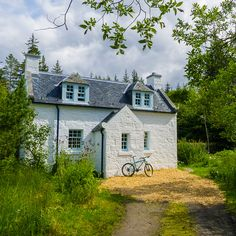 Escape to the country by booking a stay in our recently renovated remote country cottages; 11 miles from a public road! The perfect highland retreat. Cottages Scotland, Scottish Cottages, Country Cottages, Holiday Cottages Uk, Scottish Holidays, Highland Homes, Cottage Design, Cozy Cottage, Scottish Highlands