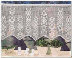 Crochet: Curtain Filet crochet Crochet Curtain Pattern, Crochet Curtains, Curtain Patterns, Lace Curtains, Crochet Flower Patterns, Crochet Flowers, Filet Crochet, Crochet Shawl, Crochet Doilies