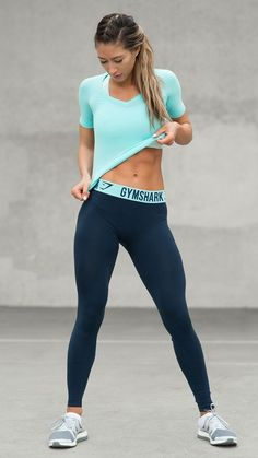 A simple design available in stylish seasonal colours. Fit leggings now available in Sapphire Blue/Marine Blue.