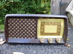 Vintage Silvertone Tube Radio Sears Roebuck Co.