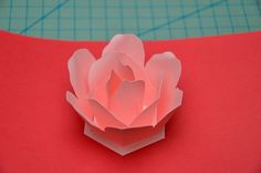 This tutorial will show you how to make the rose pop up card. This is a great craft idea to make for a Valentine's day card or Mother's day card. This rose pop up card turned out better than I had hoped. The rose petals. Diy Crafts For Gifts, Paper Crafts, Heart Pop Up Card, Pop Up Flowers, Pop Up Card Templates, Up Book, Card Tutorials, Pop Up Cards, Flower Crafts