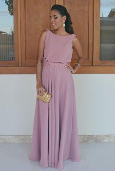 Look vestido longo rosa