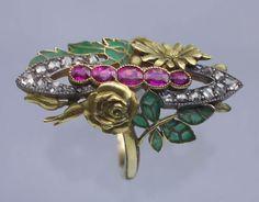 """Bague art nouveau _ France 1900 -or plique à jour rubis 20 diamants"""" rose cut """" 0,50carat , 5 rubis ovales 1carat"""
