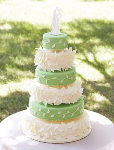 couture wedding cakes | Square Foam Core Cupcake Stand
