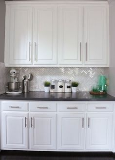 Uplifting Kitchen Remodeling Choosing Your New Kitchen Cabinets Ideas. Delightful Kitchen Remodeling Choosing Your New Kitchen Cabinets Ideas. White Kitchen Cabinets, Kitchen Redo, New Kitchen, Kitchen Remodel, Dark Cabinets, Kitchen Ideas, Kitchen Storage, Cupboard Handles, Kitchen Cabinet Hardware
