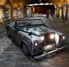4 Eye-Opening Tips: Car Wheels Decoration Birthday Parties car wheels land rover defender.Old Car Wheels Automobile. Land Rover Defender, Cool Trucks, Cool Cars, Range Rover Off Road, Camaro Car, Chevrolet Camaro, Ford Mustang Car, Ford Mustangs, Land Rover Discovery