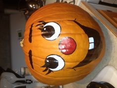 1000 images about fall holidays on pinterest painted for Surprised pumpkin face