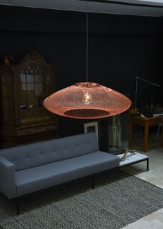 UFO large hanglamp copper Atelier Robotiq. Also available in Medium and Small and in black or white. #gimmii #online #dutchdesign