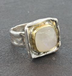 Susan Cummings Moonstone Ring - Sterling Silver, 18K Gold Moonstone (12MM x 12MM) Ring, Size 7