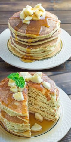 These kid friendly Healthy Banana Pancakes are easy to make and so fluffy and ta. - These kid friendly Healthy Banana Pancakes are easy to make and so fluffy and tasty. Pancakes Oatmeal, Breakfast Pancakes, Pancakes Easy, Recipe For Pancakes, Homemade Pancakes, Fluffy Pancakes, Savory Breakfast, Waffles, Tasty Videos
