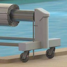 Persiana ECA BAHIA móvil sobre ruedas Pool Cover Roller, Wooden Toys, Log Projects, Cover, Shutters, Wheels, Swimming Pools, Wooden Toy Plans, Wood Toys