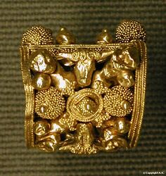 Etruscan jewelry C.500BC Louvre Granulation