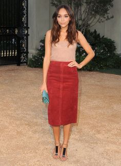 Pin for Later: Burberry Amène Londres à Los Angeles Ashley Madekwe